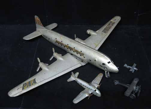 595: Four piece Airplane Group, , Including a Pan Ameri