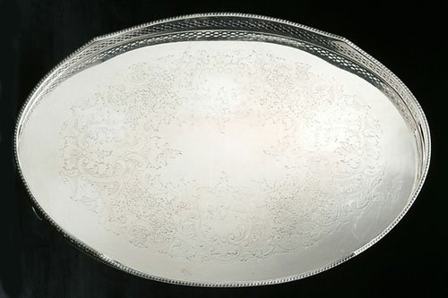 265: AN ENGLISH SILVER PLATED GALLERIED TRAY