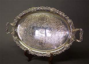 AN AMERICAN SILVER PLATED OVAL TRAY