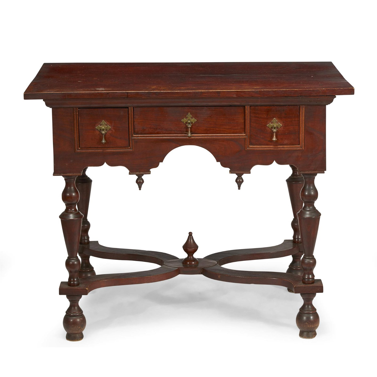 William & Mary walnut dressing table, 18th century and