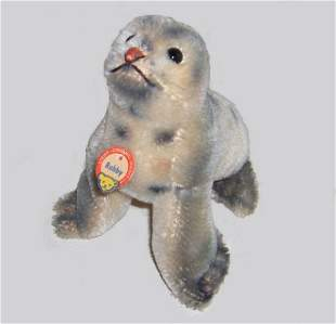 Two Steiff small stuffed animals, , 'Gaty,' with