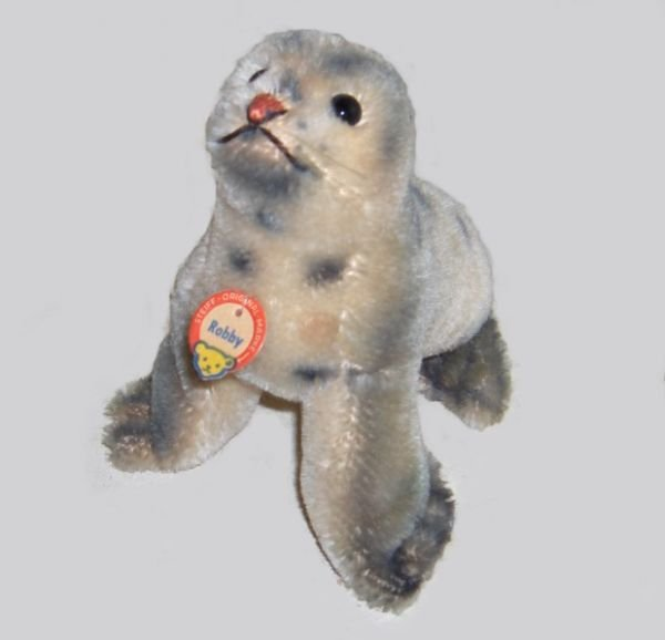 1012: Two Steiff small stuffed animals, , 'Gaty,' with