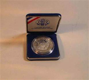 Two 1987 United States Constitution coins, , Boxe