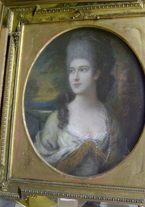3012: BRITISH SCHOOL (18th century) PORTRAIT OF A LADY,