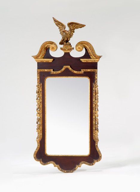 4013: Chippendale mahogany and giltwood looking glass,