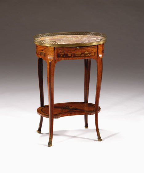 1001: French transitional kingwood & marquetry gueridon