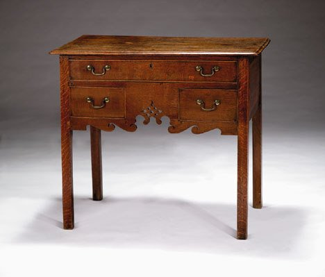 1006: George III oak side table, 18th century, The rect