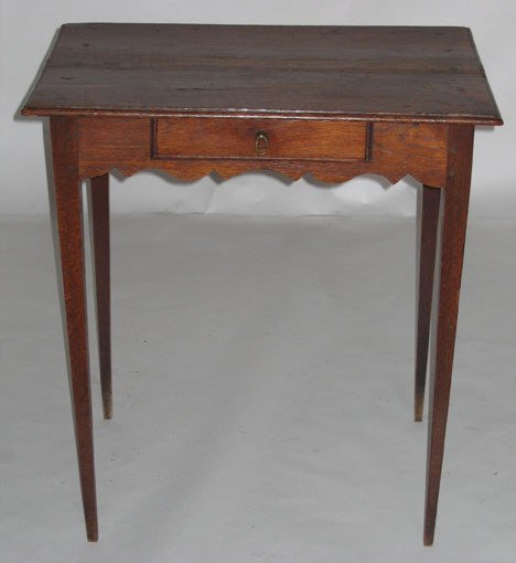 1008: French oak side table, 18th century, The rectangu