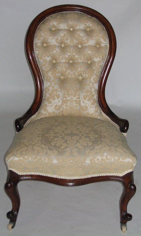1018: Victorian upholstered mahogany side chair, circa