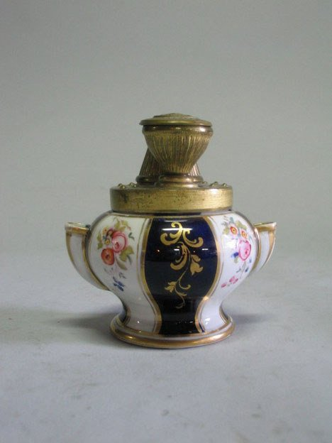 21003: Porcelain and gilt metal mounted encrier, by Per