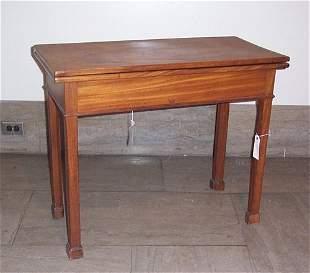CHIPPENDALE MAHOGANY GAME TABLE Pennsylva