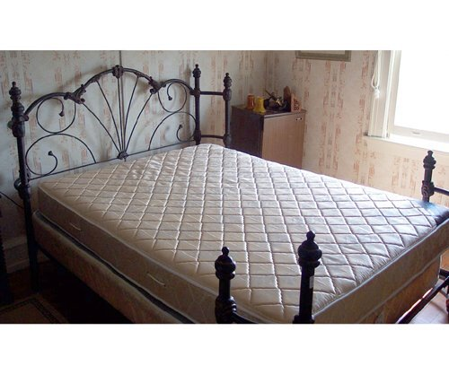 501: VICTORIAN STYLE WROUGHT IRON BED 20th c.