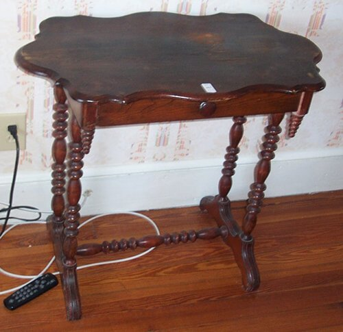502: VICTORIAN STAINED PINE SIDE TABLE Late 1