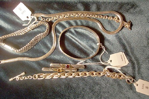 8: GROUP OF MEXICAN SILVER JEWELRY