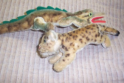 444: TWO STEIFF STUFFED ANIMALS