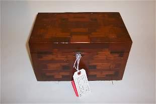 TRAMP ART STYLE BOX