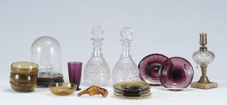 2361: FREE-BLOWN AMBER & AMETHYST GLASS LOT