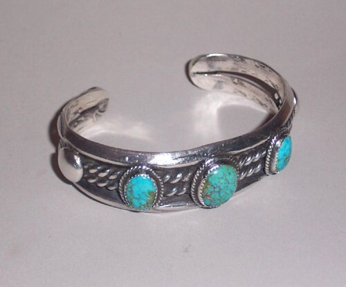 4: SOUTHWEST AMERICAN INDIAN SILVER & TURQUOI