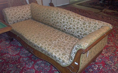 15: CONTINENTAL WALNUT & UPHOLSTERED SETTEE M