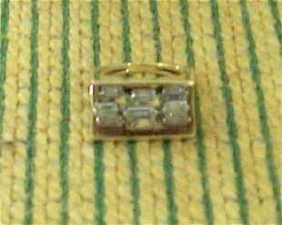 DIAMOND & YELLOW GOLD RING 20th c. Stylized design