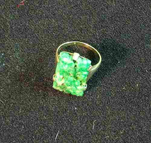 14K YELLOW GOLD & CARVED JADE RING 20th c. With rec