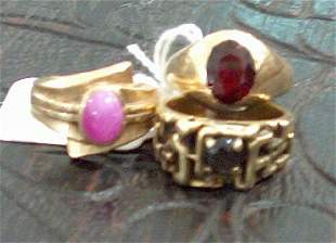 THREE GENTLEMAN'S 14K YELLOW GOLD RINGS WITH COLORE