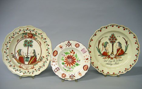 11021: Three polychrome-decorated creamware plates, eng