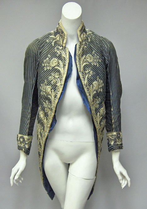 11000: Gentleman's silk embroidered and bejeweled tailc