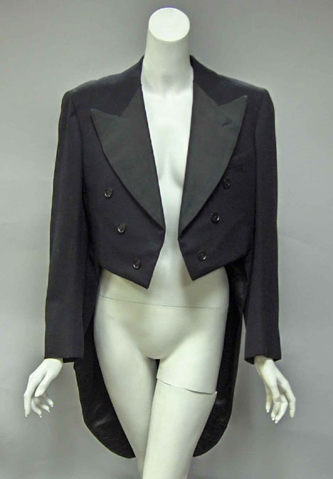 11011: Gentleman's black formal tailcoat, Early 20th ce