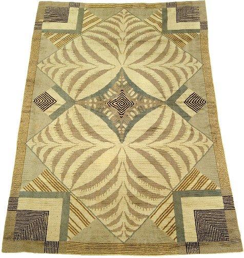 2115: Continental Savonnerie carpet, circa 1925,