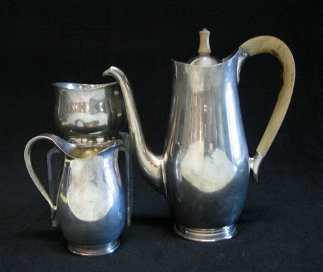 3163: Contemporary English silver three piece coffee se