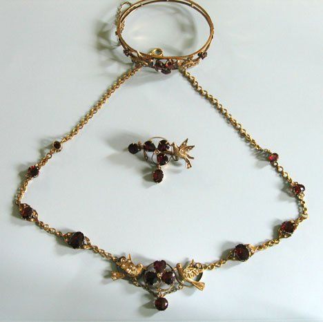"""21821: Victorian gold"""" garnet and seed pearl jewelry, ,"""