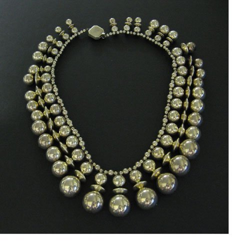 5: Sterling silver 'ball drop' necklace, 20th c., Suspe