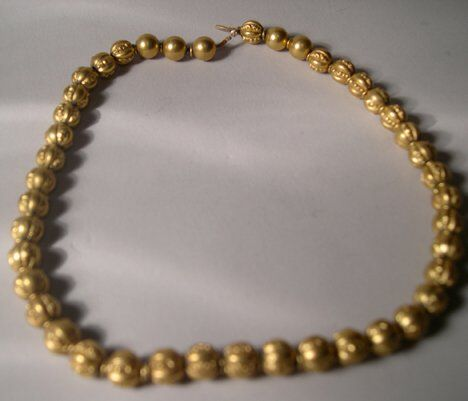 CHASED YELLOW GOLD BEAD NECKLACE Length: 14 1/2 i