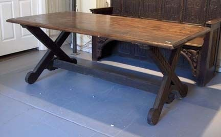 2021: Continental oak trestle table, late 19th century,