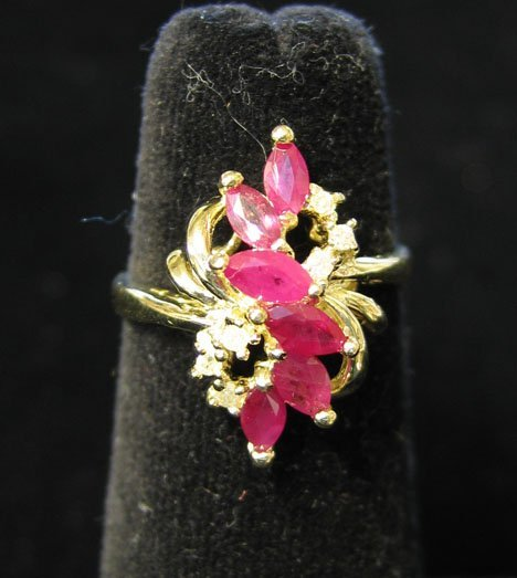 1013: 14K Yellow Gold, Ruby and Diamond Ring, , The tab