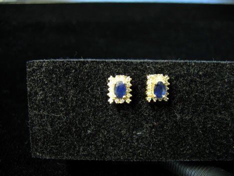1016: Pair of 14k Yellow Gold, Blue Sapphire and Diamon