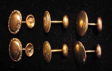 1023: Three pairs of yellow gold cuff links, 20th centu