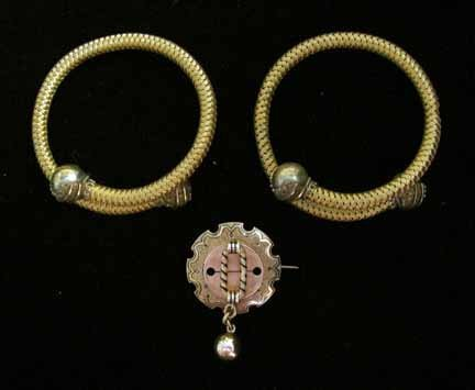 "1040: Pair of Victorian spring gold"" bangles, , With ba"