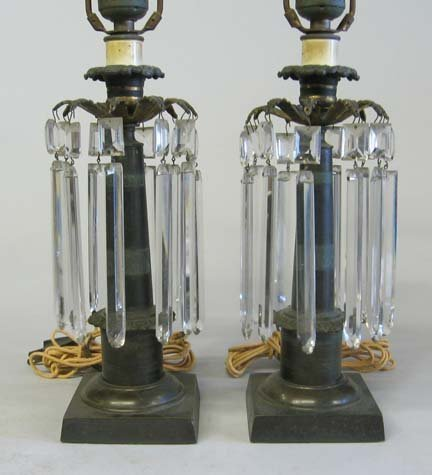 3559: Pair of Continental bronze lustre lamps, late 19t