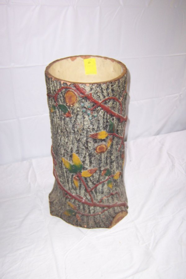 6: Stump Umbrella Holder Decorated With Autumn Leaves A