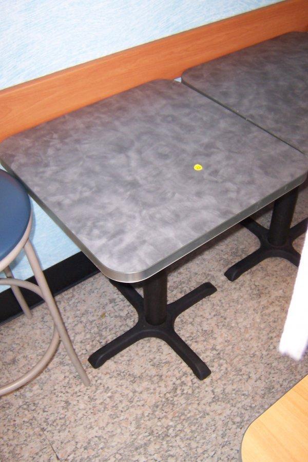 125: 2'x2' Table, Gray