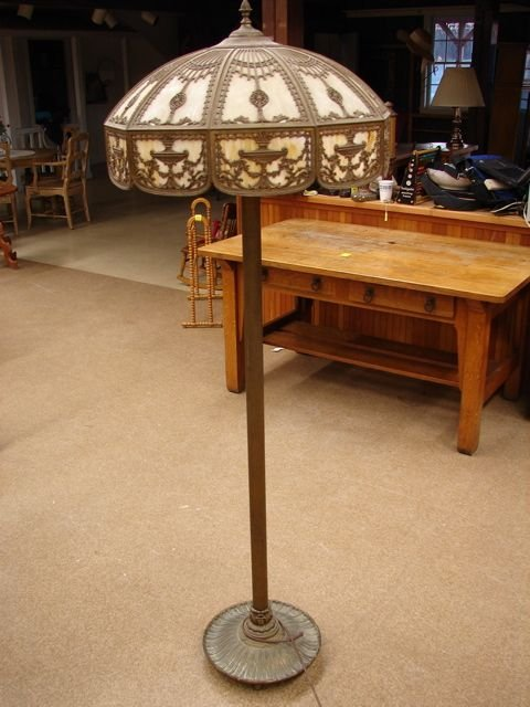 553: Caramel Slag Floor Lamp, 10 paneled shade, two low
