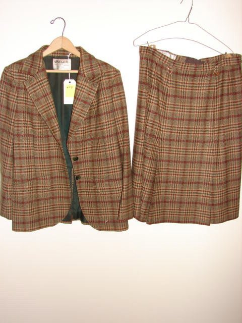 604: Jaeger jacket and skirt, made in Great Britain, 2
