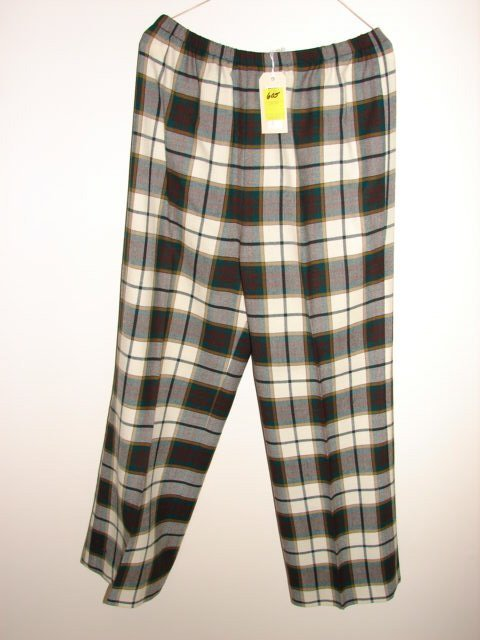 605: Algean Canada Trousers, pure Virgin wool, red, gre