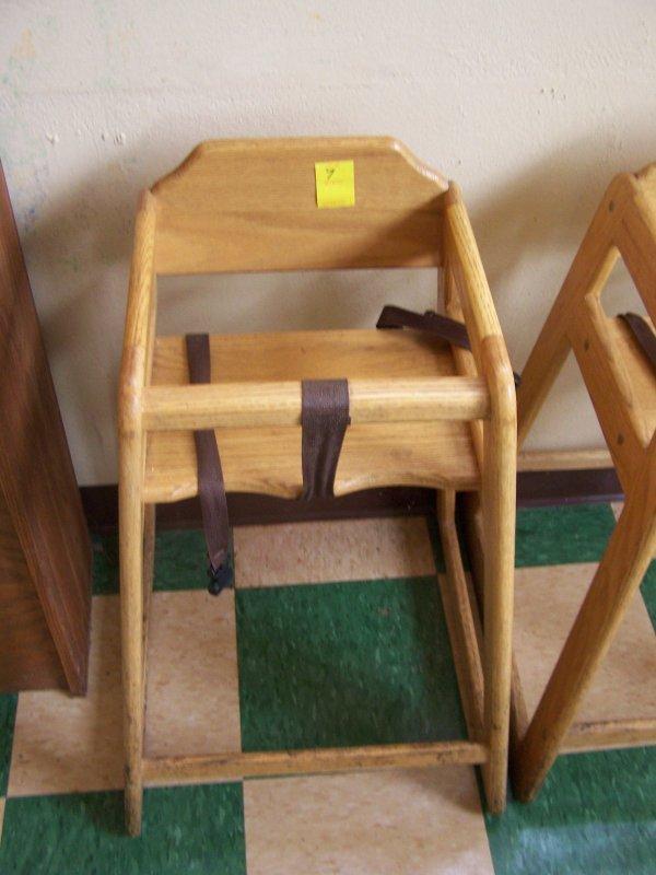 1007: Oak High Chair