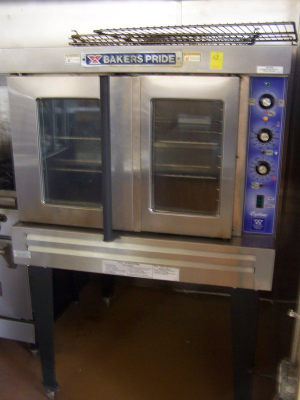 1013: Bakers Pride Convection Oven, Cyclone Series, Dua