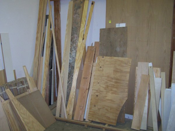 2002: Wood, Banisters Boards Lot
