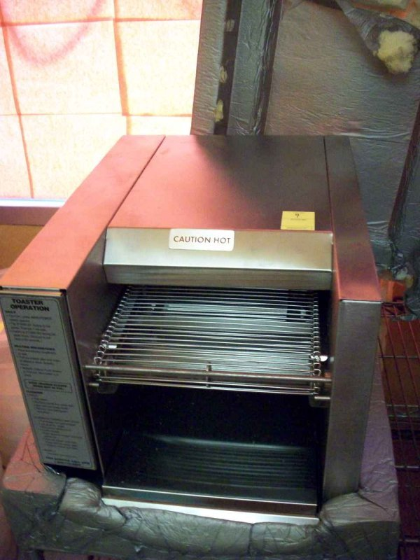 9: Conveyor Toaster Oven, New In Box by American Perman