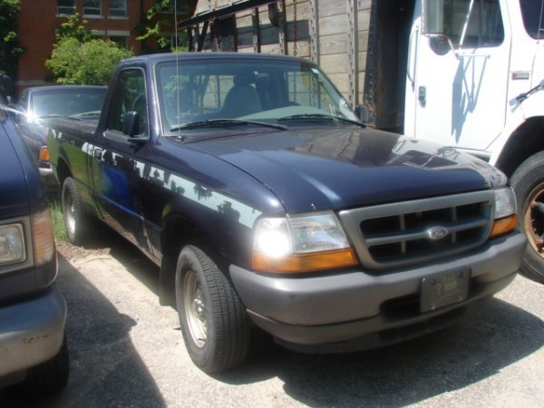 904: 1999 Ford Ranger Pickup 4x4 with 67518 miles, Auto